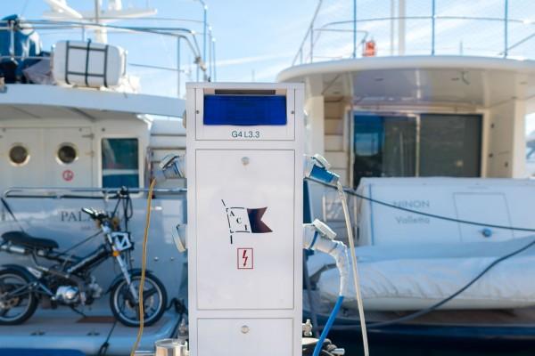 Marex Elektrostroj u ACI marini V. Barbieri, Slano